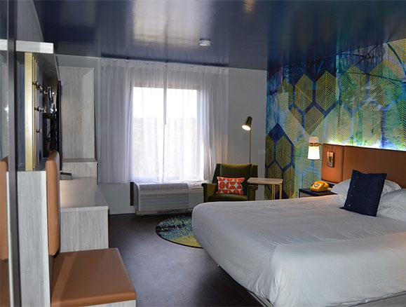 HOTEL DENIM GUESTROOMS
